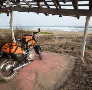 suzuki_motorcycle_beach